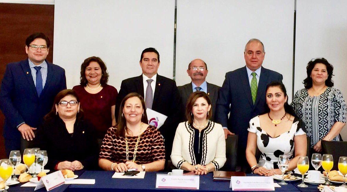 COMISIONADOS DE IDAIPQROO PARTICIPAN EN LA PRIMERA REUNIÓN DE 2017 DE LA REGIÓN SURESTE DEL SISTEMA NACIONAL DE TRANSPARENCIA