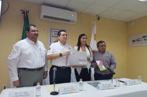 IDAIPQROO ENTREGA CONSTITUCIÓN POLÍTICA DE LOS ESTADOS UNIDOS MEXICANOS EN LENGUA MAYA Y LA LEY DE TRANSPARENCIA DEL ESTADO  EN BRAILLE AL CONGRESO DEL ESTADO DE QUINTANA ROO