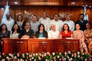 COMISIONADOS DE IDAIPQROO ASISTEN A TERCER INFORME DE ACTIVIDADES DE MAGISTRADA PRESIDENTA DEL TEQROO