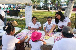 "SENSIBILIZA IDAIPQROO SOBRE TRANSPARENCIA A FAMILIAS EN ""MEGA SÁBADO CHETUMAL"""